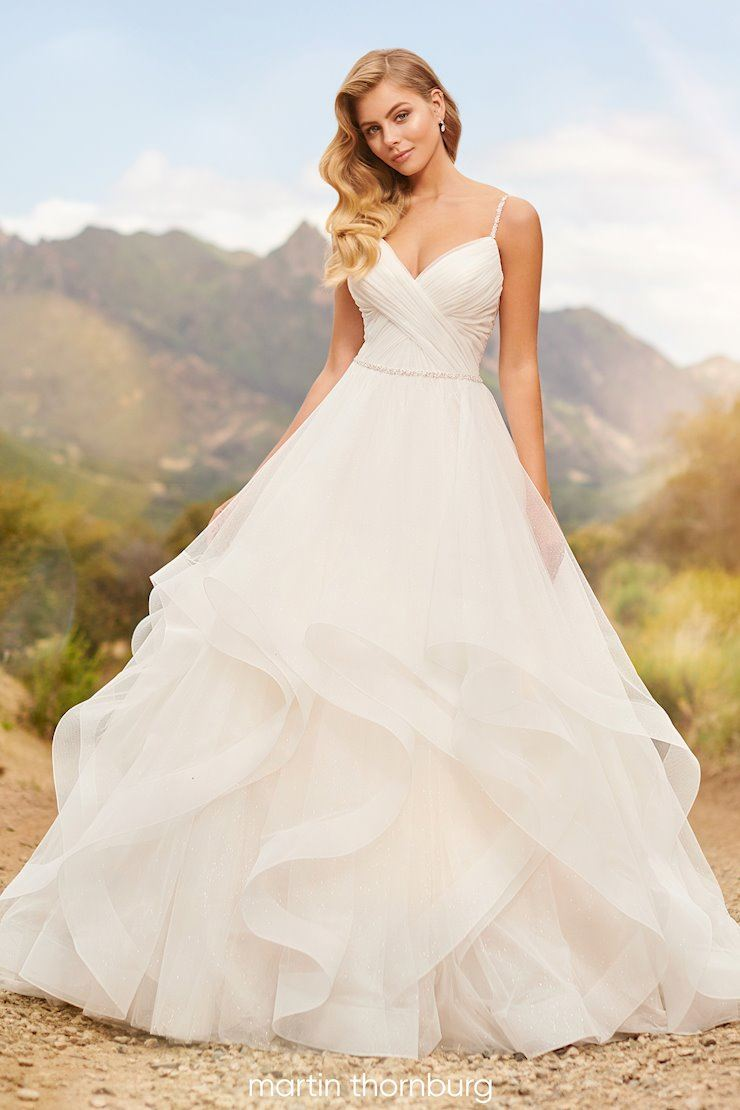 2021 Bridal Trends. Mobile Image